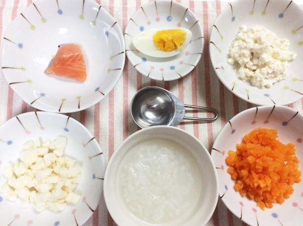 離乳食中期の量や人気レシピは?冷凍作り置き、食べないときの