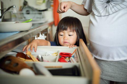 1~2歳児が最も大変!?「子育てがいちばんしんどい時期」と子育ての疲れ解消法TOP3