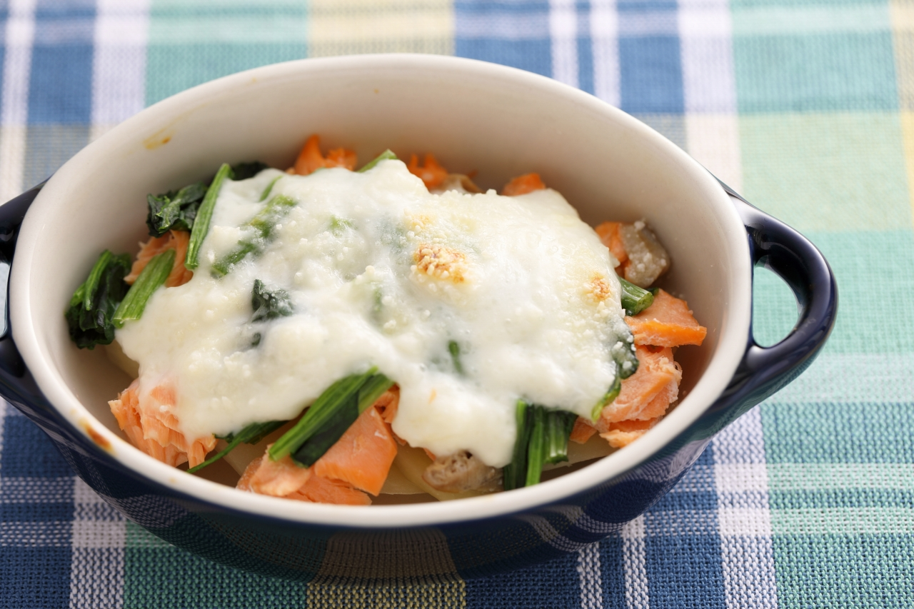 鮭を使った離乳食中期・後期のレシピ。下処理と保存法についても