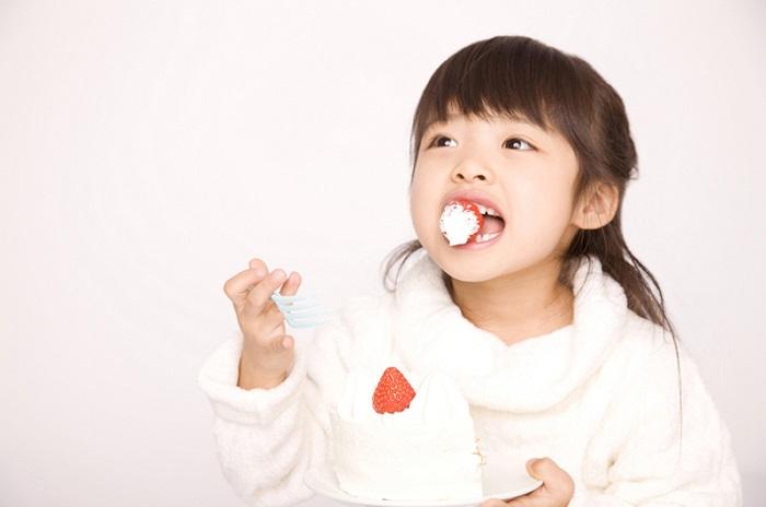 食生活に注意!|子どもの虫歯の原因と歯磨き