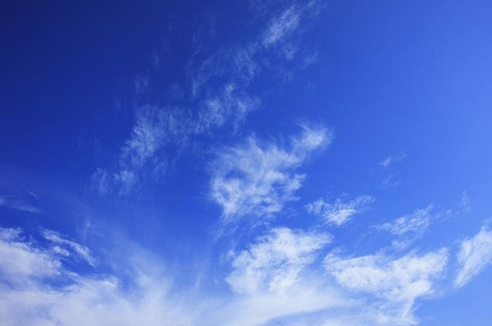 どうして空は青いの?不思議な雑学・オモシロ豆知識