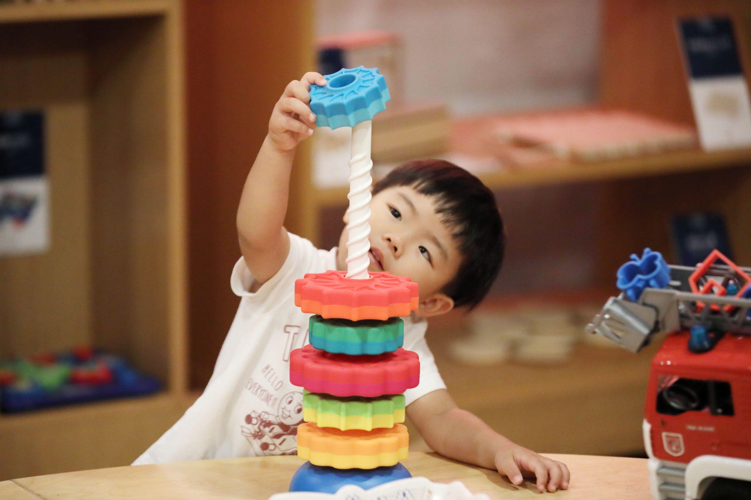 ピープルおもちゃのイメージ知育玩具