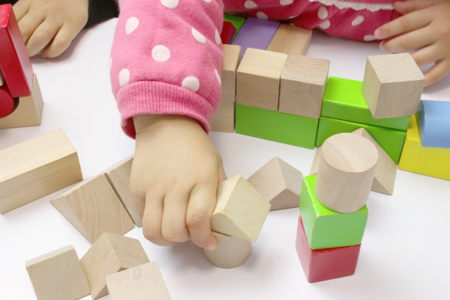 ボールネンドのおもちゃイメージ画像の積み木