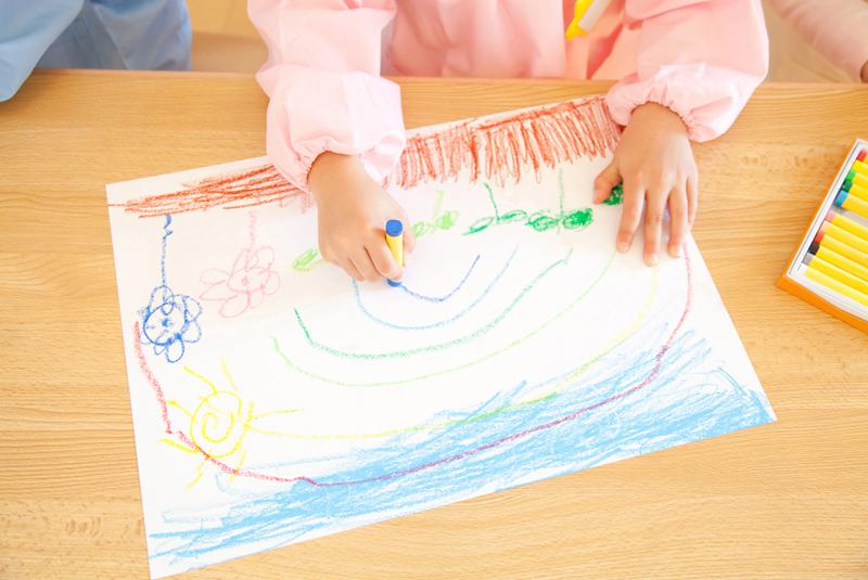 保育園や幼稚園で人気!2歳児の室内遊び・ゲームアイデア
