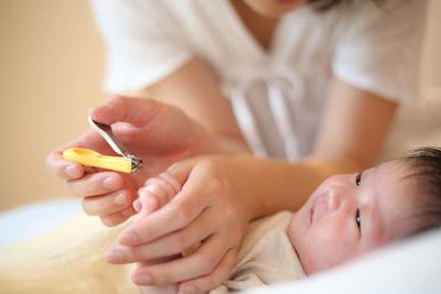 赤ちゃんや新生児用に爪切りは必要?