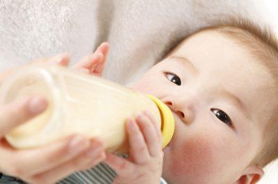 ママの食べ物が赤ちゃんのアレルギーの原因になる?