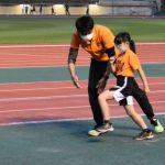 人気スクールのトレーナー直伝! 子どもの「駆けっこを速くする」親子の遊び方と練習とは