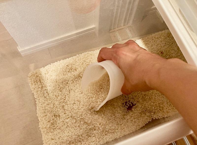 使い方3:お米も計量できてひとつで万能!