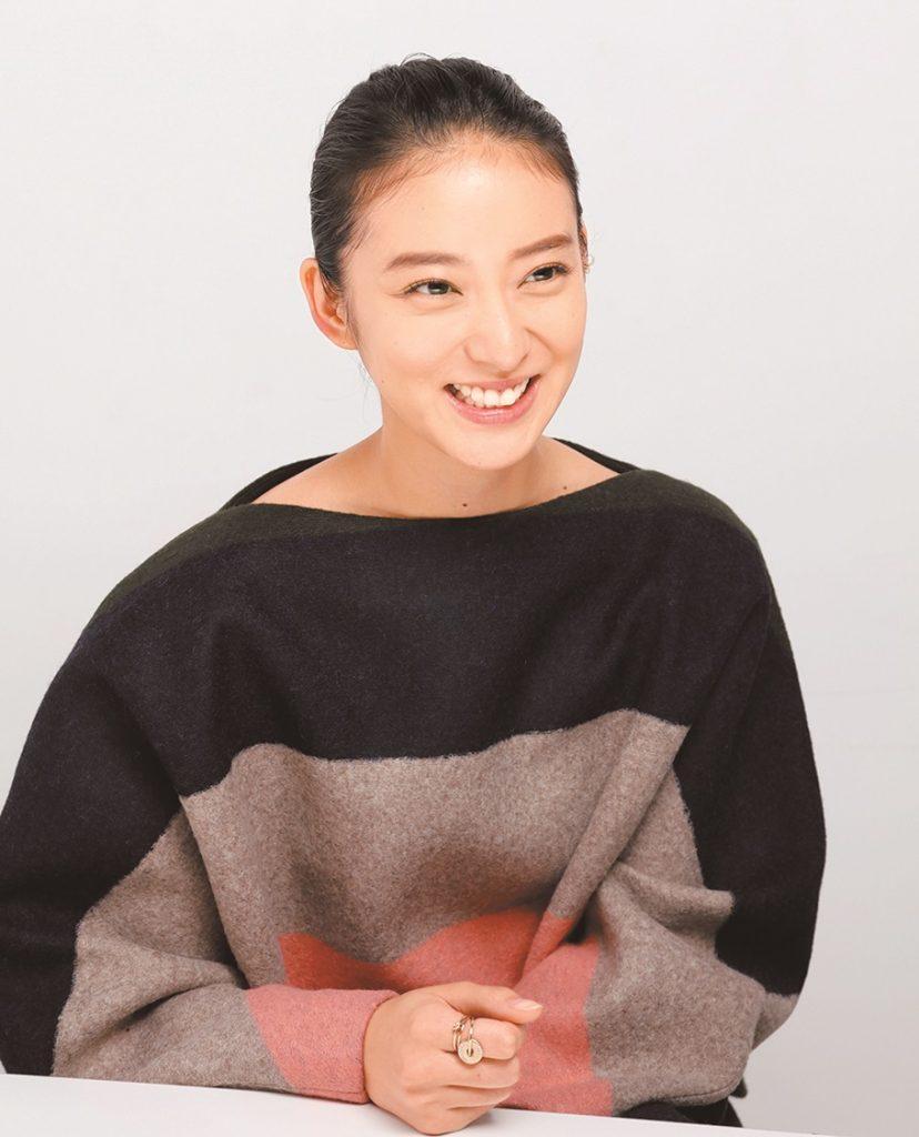 武井咲さん・話し中 -縮小