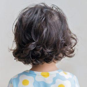 【5】前髪ありのミディアムヘア